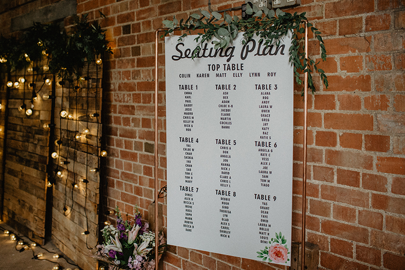 Copper,Frame,,Hung,Seating,Plan,For,Wedding,Reception